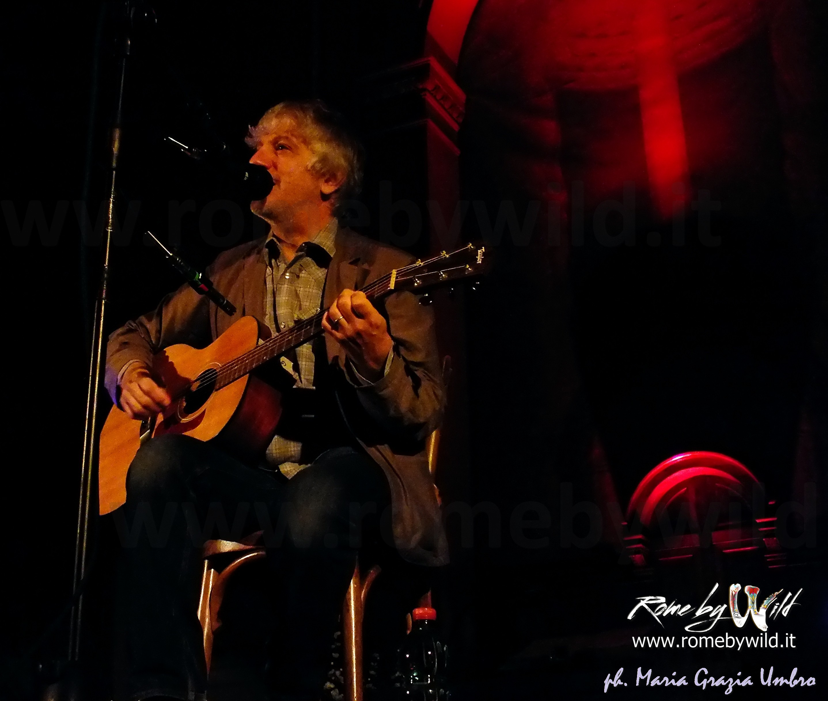 Lee Ranaldo performing Unplugged in Monti Church - 29 10 2014