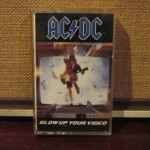 "19 gennaio 1988 - esce ""Blow Up Your Video"" degli AC/DC"
