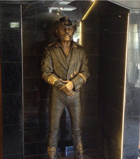 Lemmy - Statua