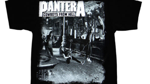 24 Luglio 1990 - Esce Cowboys from Hell